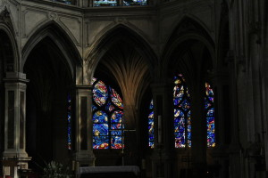 Image to demonstrate loss of detail in a real (beautiful) cathedral.
